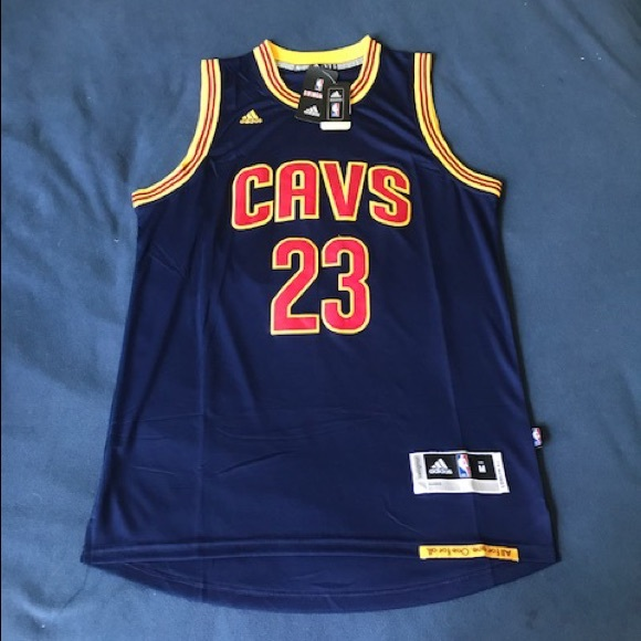 sports shoes 07e24 0da6c Cleveland Cavaliers #23 James jersey NWT